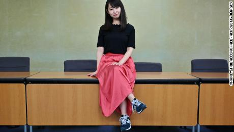 Thousands of Japanese women are campaigning to ban high heel requirements in the workplace